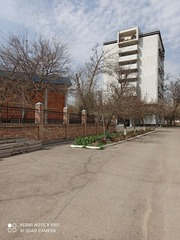 Продается собственная 2-х комнатная квартира в 9-и этажном возле Фарха