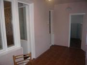 Ц-1  3 комн квартира переделана в 4 комнатную,  4/4 эт кирпичного,  лодж